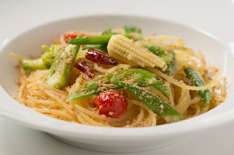 季節野菜とすりごま入り アーリオ・オーリオ ペペロンチーノ